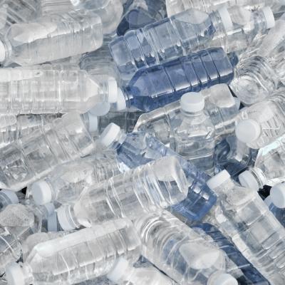 plastic water bottles - not the safest water bottle choice
